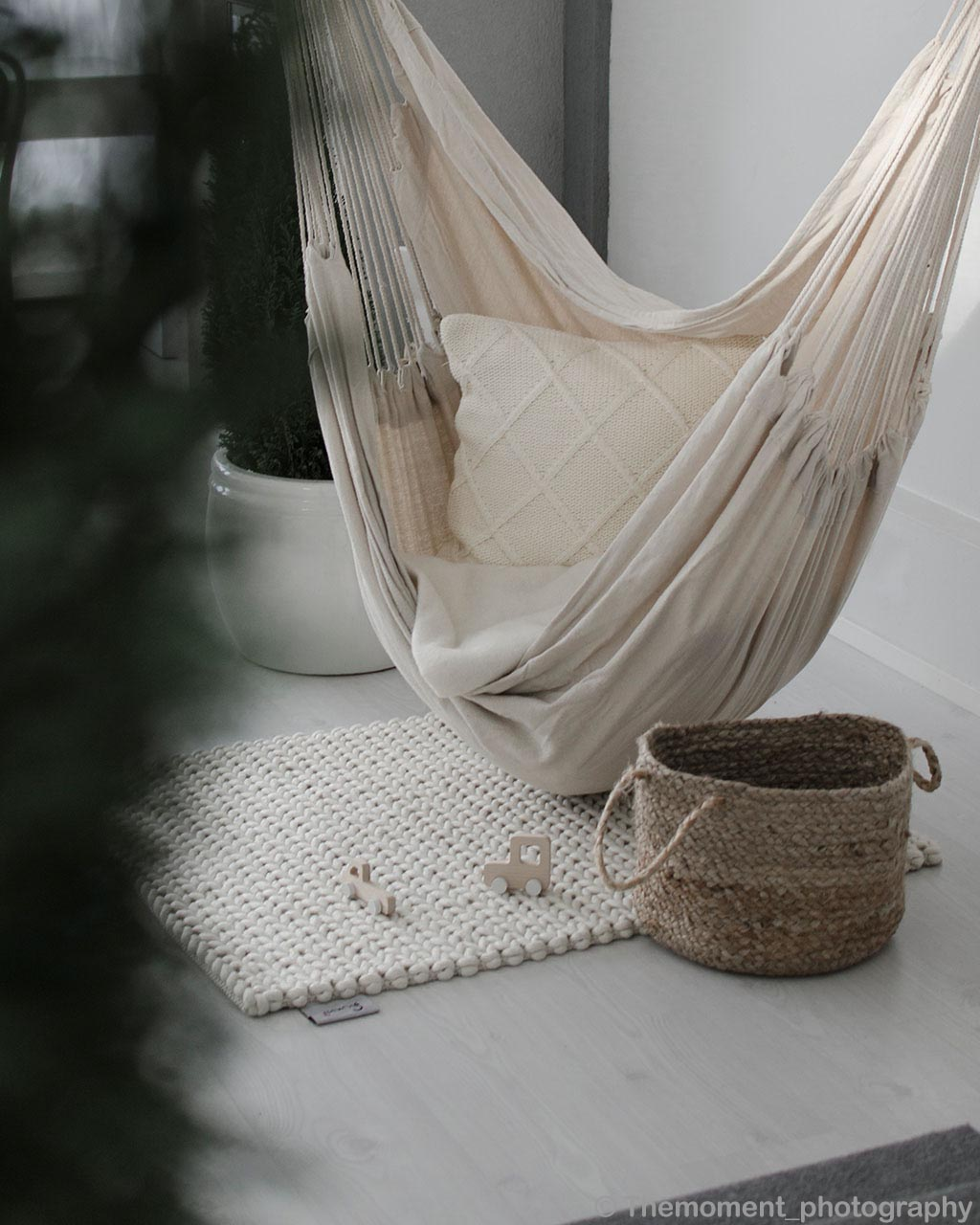 hand knotted brown basket and white pot india rugs