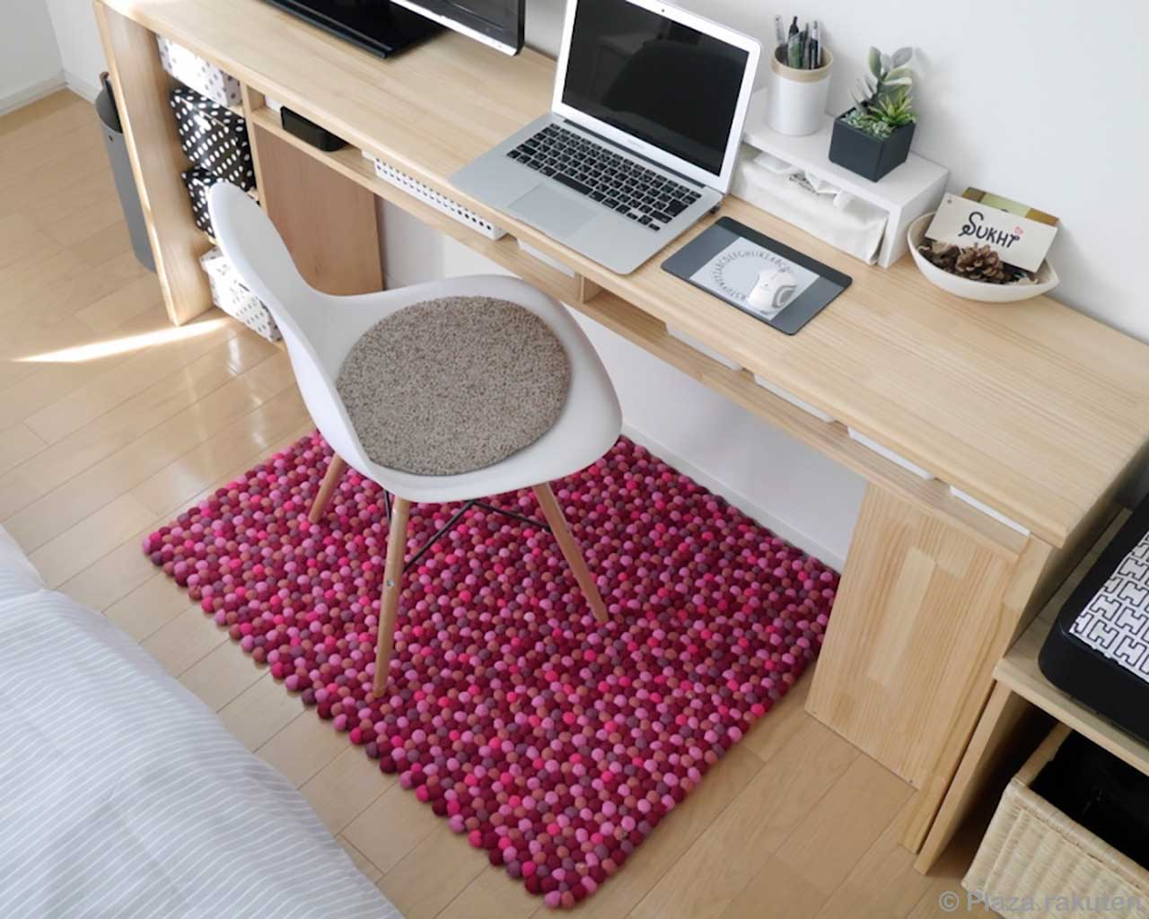hand knotted chair and laptop from nepal felt rugs