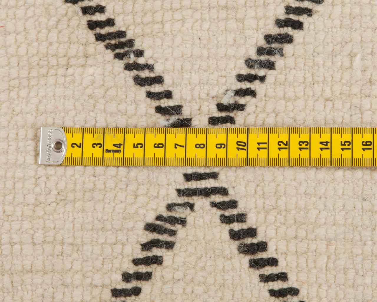 measure beni ourain carpets knots 1