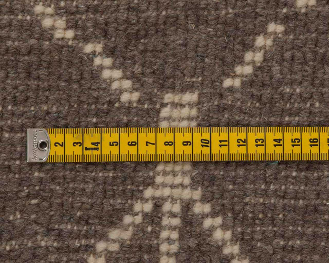 tapeline knots woolen carpet grey color 1